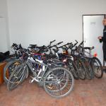 Nejvíce skladovacího prostoru zaberou kola. Foto: Alexandra Buršíková