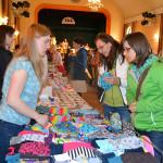 Jarní handmade market přilákal stovky lidí. Foto: Alexandra Buršíková