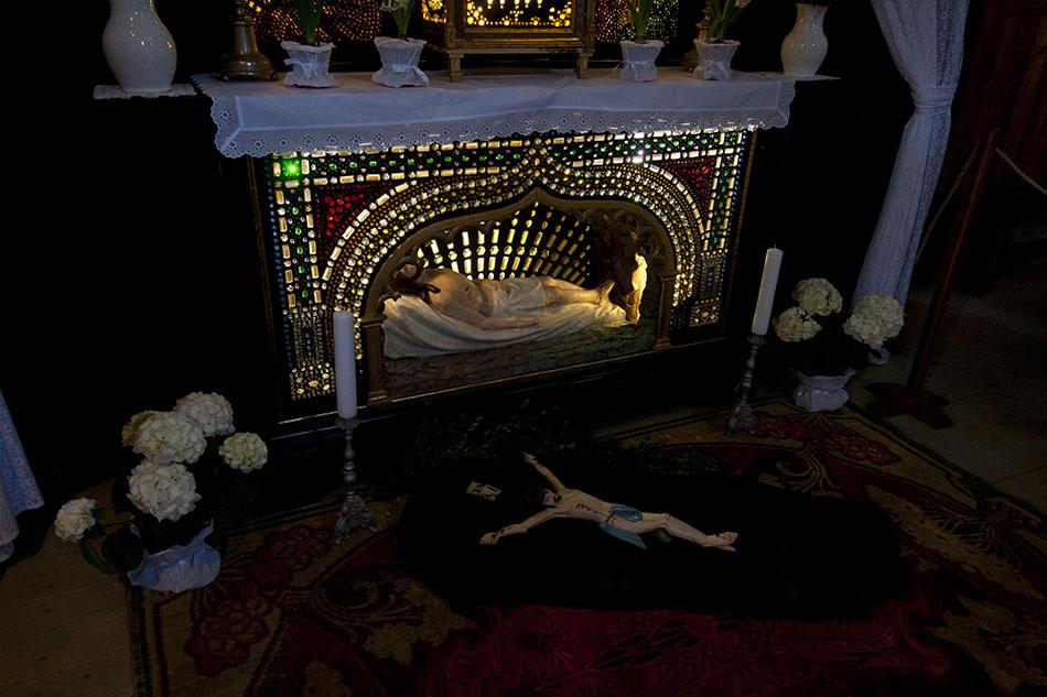 Boží hrob pochází z dílny olomouckého mistra sklenáře Eduarda Zbitka z 2. poloviny 19. století. Foto: archiv VMP