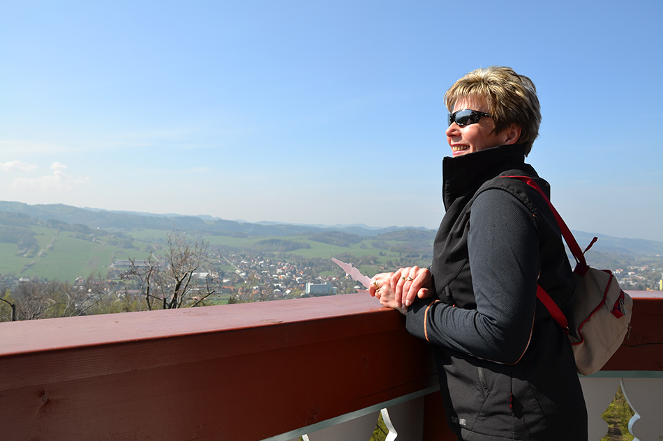 Výhled na Rožnov pod Radhoštěm si užili hosté nejen z Česka, ale také ze Slovenska, Polska, Velké Británie, Německa a dalších zemí. Foto: Alexandra Buršíková